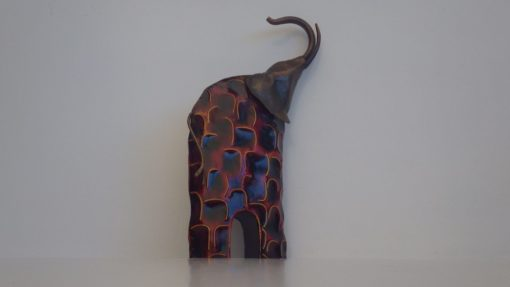 elephant acier déco stylisée noire et rouge