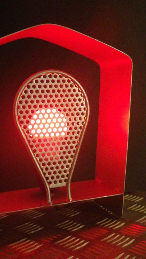 Lampe a poser Atypical Design Acier