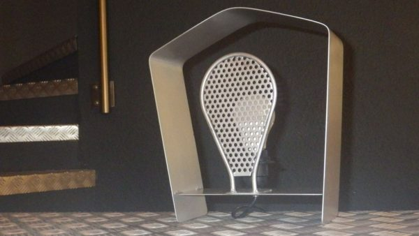 Atypical lampe luminothérapie design acier