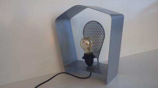 lampe a poser Atypical Luminaire original Design Acier