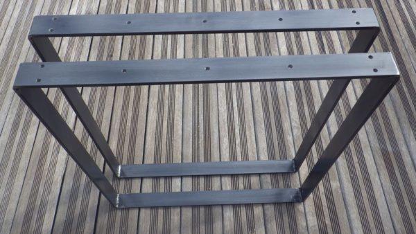 2 pieds rectangulaires acier plat