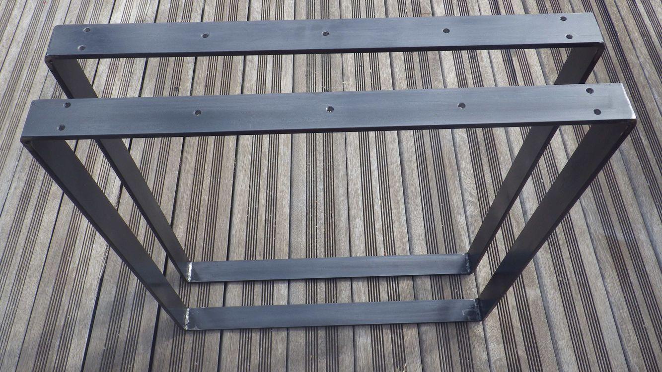 pieds de table rectangulaires en acier plat pour table. Black Bedroom Furniture Sets. Home Design Ideas