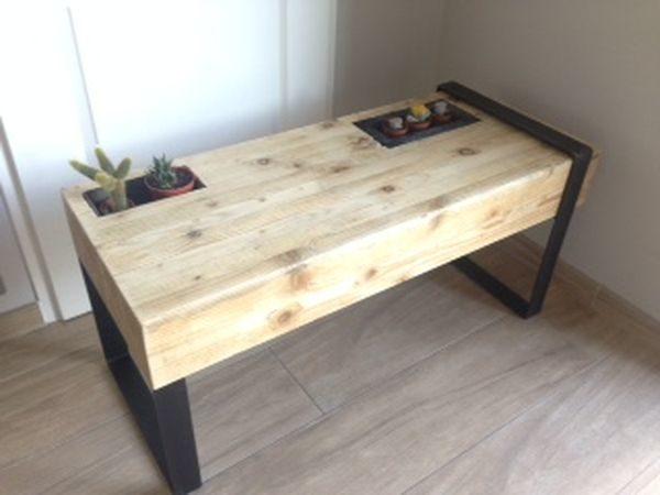 Pieds asymétriques table basse Hugo