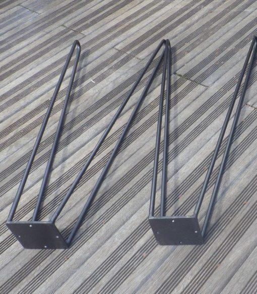 2 jambes acier double épingle détail plat d'accroche