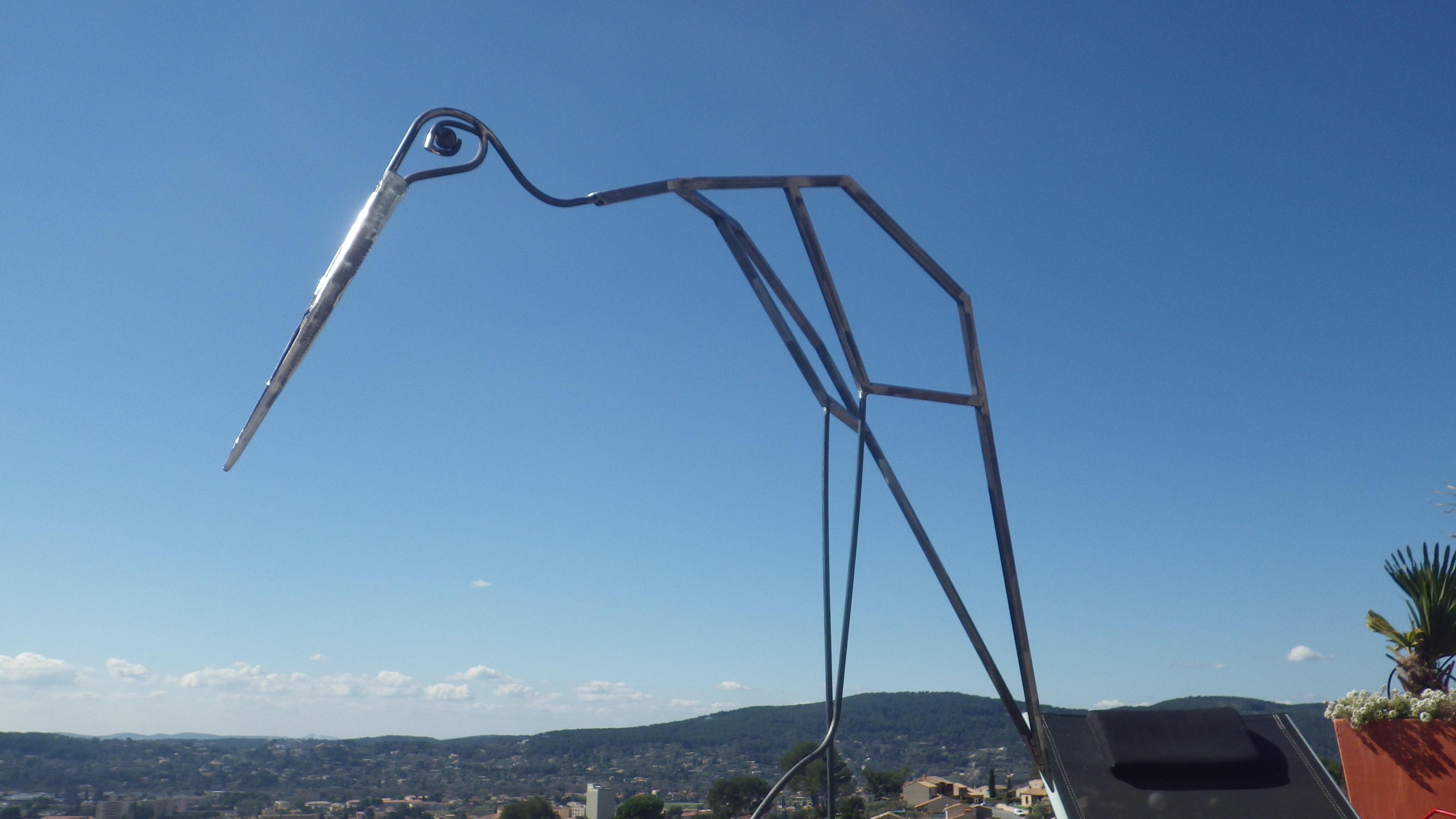 sculpture échassier de grande taille DESIGN ACIER