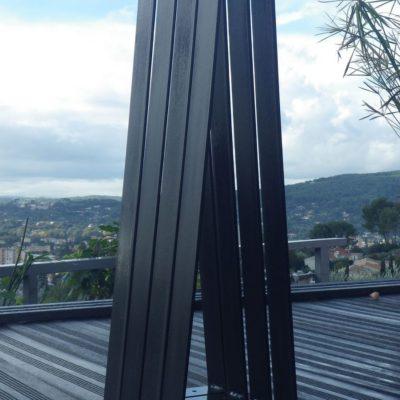 Pieds acier plat cintré pour création table de cuisine ou salle à manger (vus de profil)