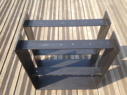 Pieds meuble HIFI vus de dessus
